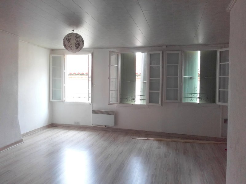 annonces achat maisons appartement villas le soler. Black Bedroom Furniture Sets. Home Design Ideas