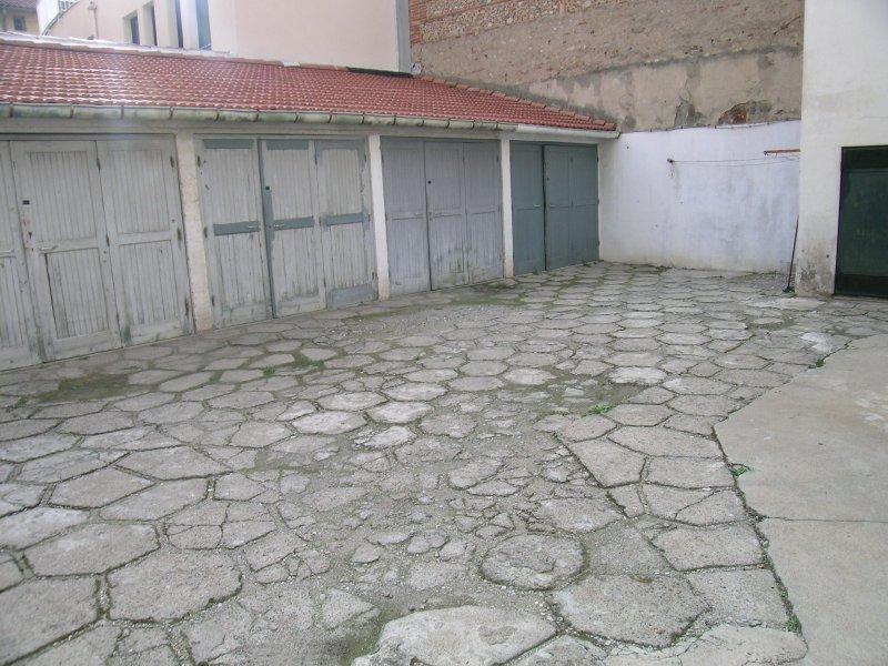 Annonces immobili res de vente et location de biens immobiliers sur le soler perpignan la - Location garage perpignan ...